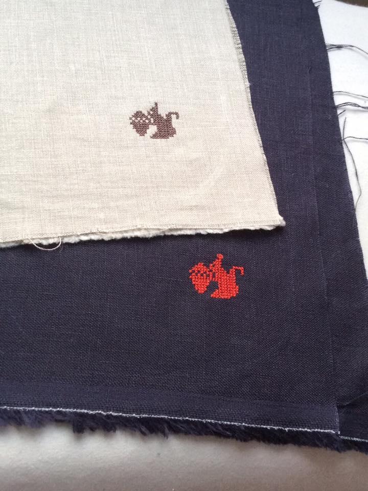 リネン刺繡ハンカチ